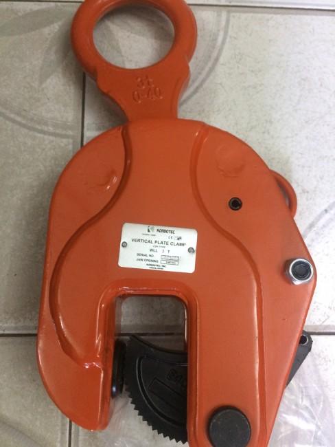 0941889251- kẹp tôn đứng 5 tấn Kondotec Nhật Bản giá rẻ nhất