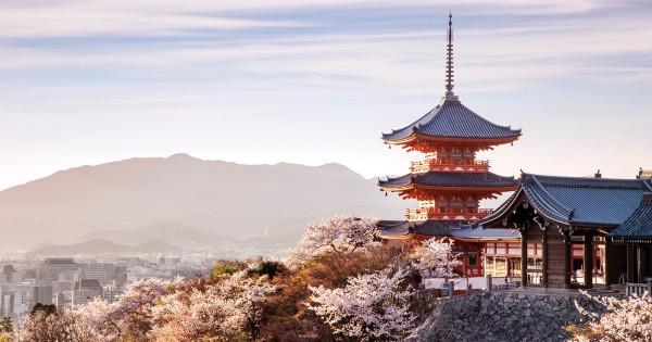 10 ngôi chùa đẹp và quyến rũ nhất Nhật Bản