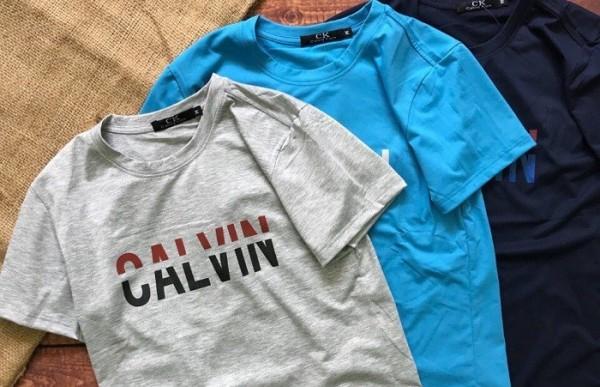 3 kiểu áo thun không thể thiếu trong tủ đồ của các chàng trai