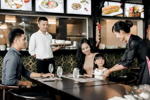 4 Nguyên tắc cơ bản mà nhân viên khách sạn cần nắm rõ