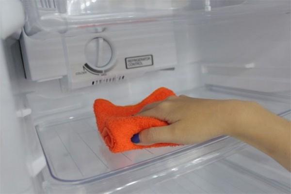 5 bước vệ sinh tủ lạnh nhanh chóng hiệu quả