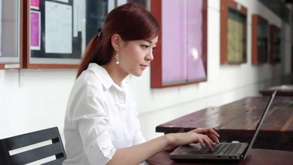5 trang web tốt nhất để tham gia học trực tuyến trong nước và quốc tế