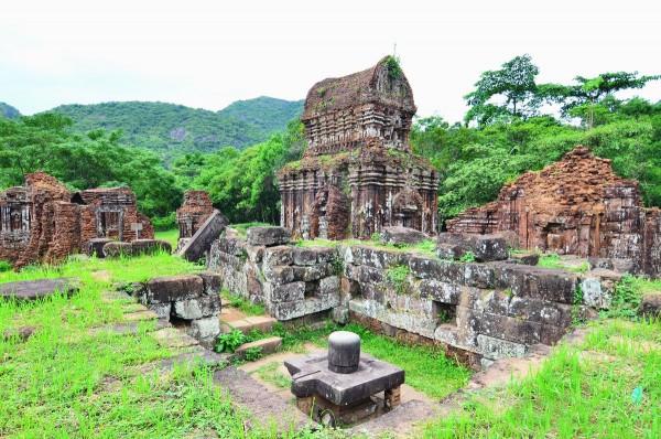 Áp dụng mô hình du lịch ảo cho khu di tích Thánh địa Mỹ Sơn.