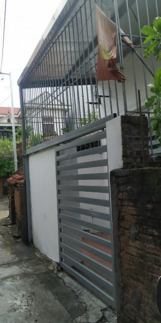 Bán 40m2 đất tặng nhà cấp 4 tại xóm 4 Đông Dư, Gia Lâm.