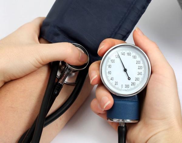 Bạn biết gì về máy đo huyết áp trên thị trường