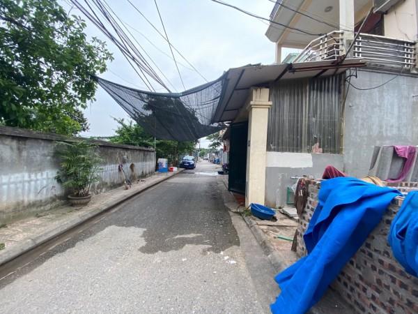 Bán đất phường Long Biên, gần cầu Vĩnh Tuy DT 38m2 chỉ 1.4 tỷ.