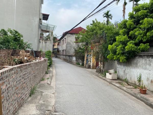 Bán đất phường Long Biên, gần cầu Vĩnh Tuy, giá 1.399 tỷ ngay đường ô tô tránh nhau.
