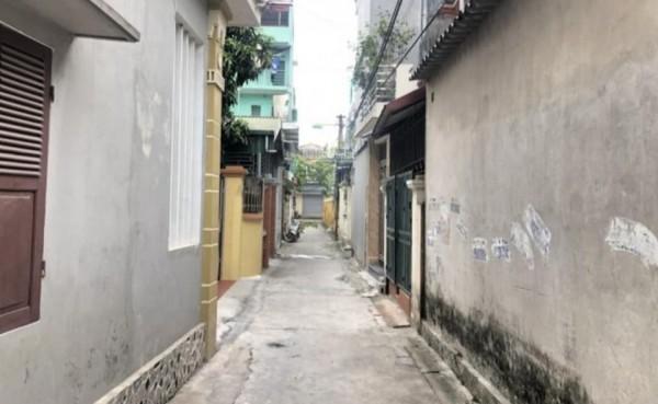 Bán nhà cấp 4 có gác xép ngay chợ làng Cam, Cổ Bi chỉ 1.55 tỷ.