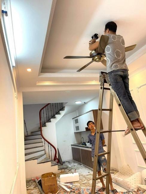 Bán nhà xây mới 4.5 tầng ở Trâu Quỳ, Gia Lâm, đường thông ra đường 40m Vinhomes, chỉ 2.3tỷ