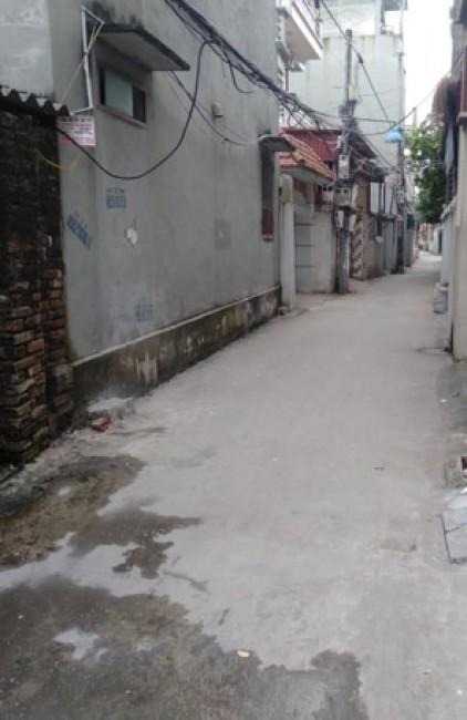 Bán  nhanh mảnh đất Thạch Bàn, Long Biên giá chỉ 1,05 tỷ.