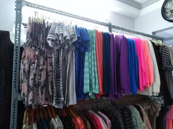 Bán sỉ đầm đẹp thời trang hàng xuất khẩu có thương hiệu giá cạnh tranh