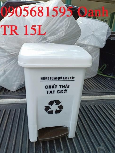 Bán thùng rác y tế 20 lít, thùng rác nhựa Tại TP. Huế liên hệ 0905681595 Ms. Oanh