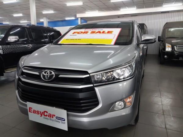 Bán xe Toyota Innova 2.0E, đời 2019, màu Bạc, giá 620 triệu