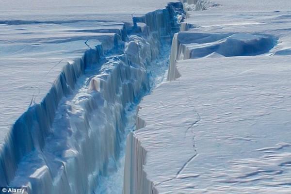 Biến đổi khí hậu gây ra hiện tượng băng tan