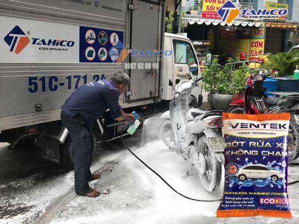Bột rửa xe không chạm Ventek Eco100 tại quận 12