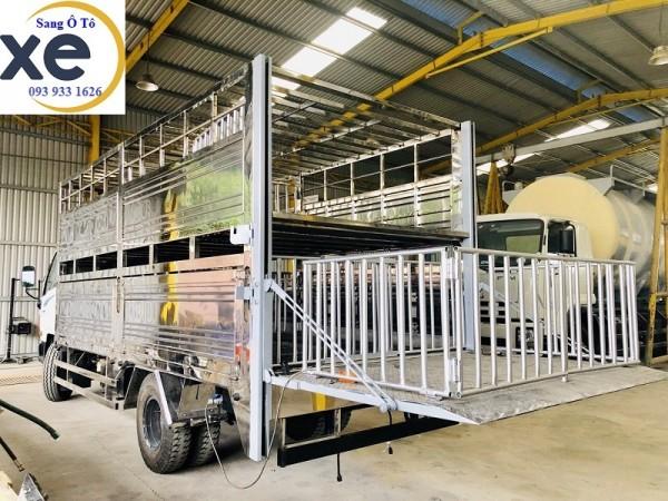 Bửng nâng hạ xe tải, chuyên lắp bửng nâng xe tải, nhận lắp tại nhà.