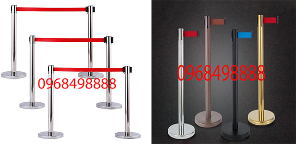 Các khu trưng bày nên sử dụng mẫu trụ inox barie nào - Poliva.vn