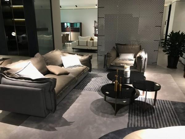Cách bài trí nội thất không gian phòng khách hẹp