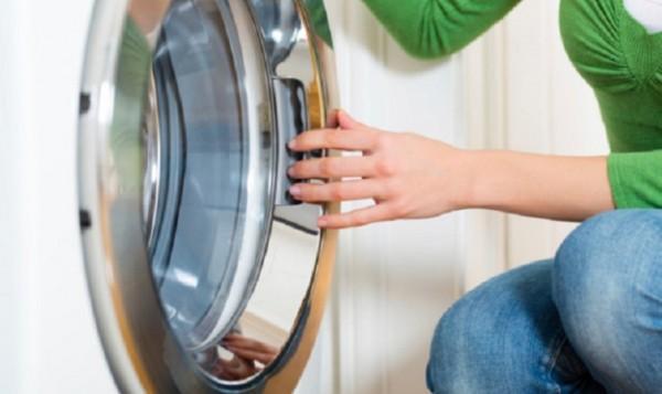 Cách dùng bột tẩy lồng giặt đúng cách