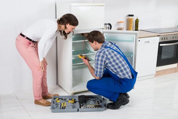 Cách khắc phục tủ lạnh ra mồ hôi