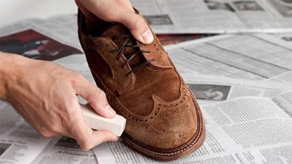 Cách vệ sinh Giày da thể thao siêu dễ tại nhà