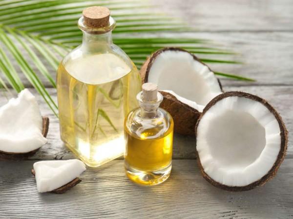 Cải thiện một số vấn đề sức khỏe với dầu dừa