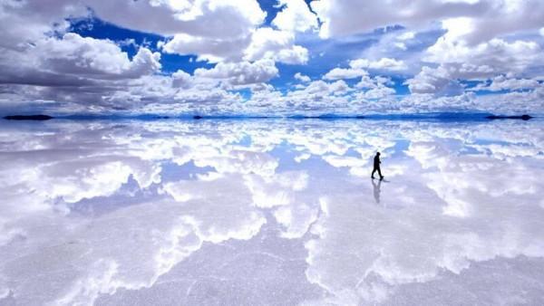 Cánh đồng muối lớn nhất thế giới và rất nổi tiếng ở Bolivia