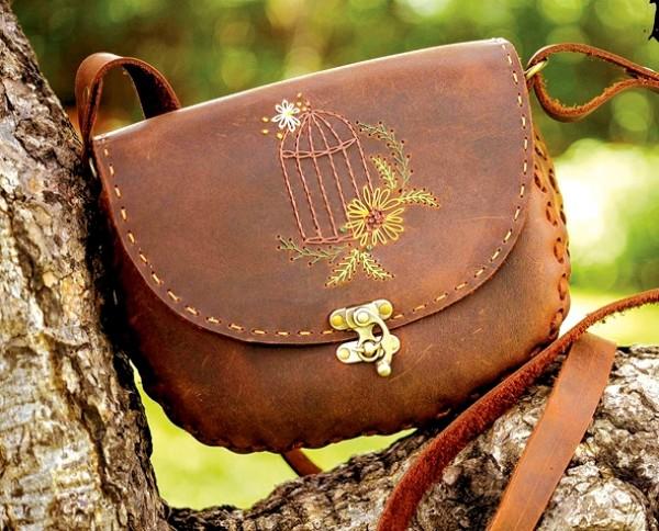 Chi tiết từng giai đoạn tạo ra chiếc túi da handmade