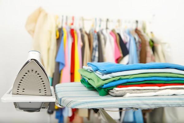 Chia sẻ cho bạn những mẹo thần kì giúp giặt quần áo không ra màu