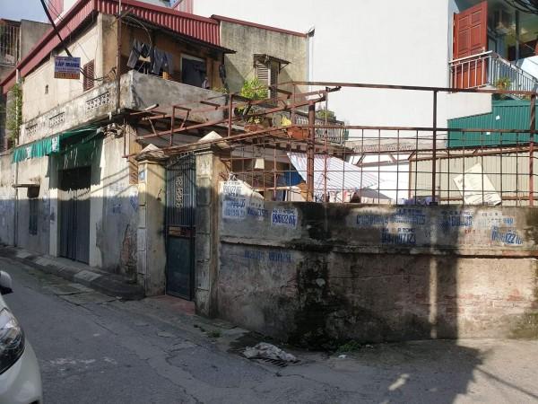 Chính chủ bán đất gần KCN May 10 Sài Đồng, Long Biên lô góc đường ôtô tránh giá 2,25 tỷ