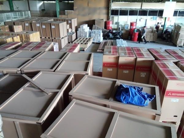 Chở hàng nhựa gia dụng HCM đi toàn quốc