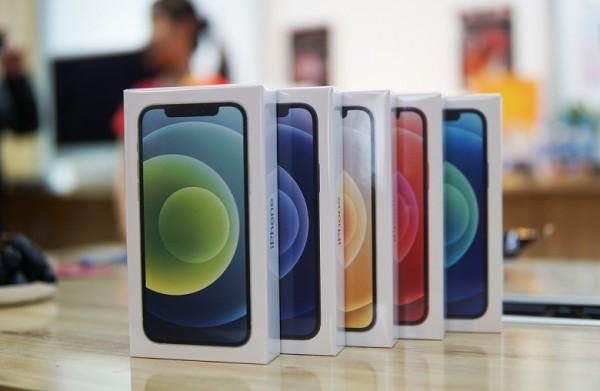 Chọn iphone 12 pro max có phải sự lựa chọn hợp lý