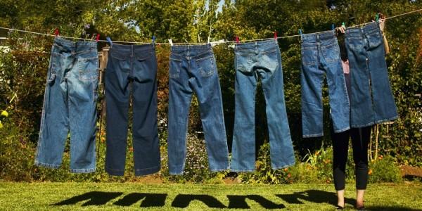 Chúng ta thường mắc sai lầm khi giặt quần jean bằng máy giặt