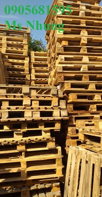 Chuyên cung cấp palelt nhựa, pallet gỗ giá cực rẻ 0905681595