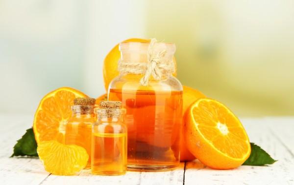 Công dụng kép thần kỳ của tinh dầu cam
