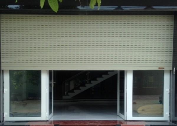 Công ty sản xuất và thi công lắp đặt cửa cuốn MITADOOR - 0908 852 130