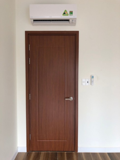 Cửa nhựa gỗ composite có tốt không và nơi  bán cửa composite uy tín