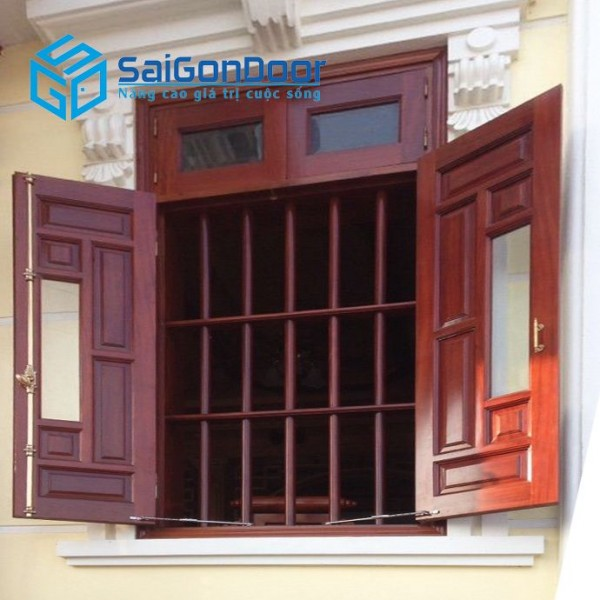 Cửa thép vân gỗ SaigonDoor