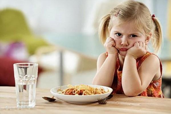 Cùng tìm hiểu ngay về những dấu hiệu trẻ thiếu vitamin sau đây