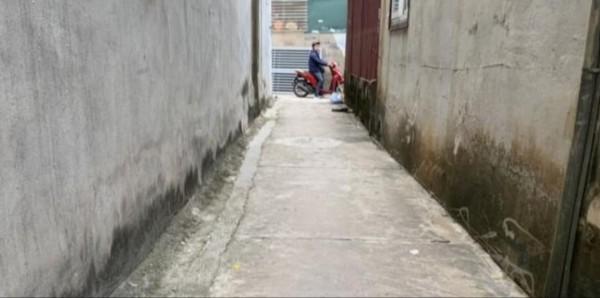 Đất Thạch Bàn, Long Biên 35m2 giá hợp lý 1,3 tỷ.