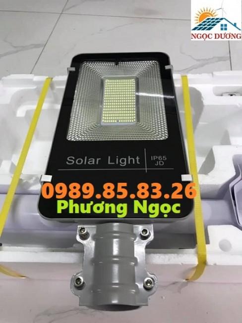 Đèn đường 100W năng lượng mặt trời, đèn mặt trời đường phố 100W