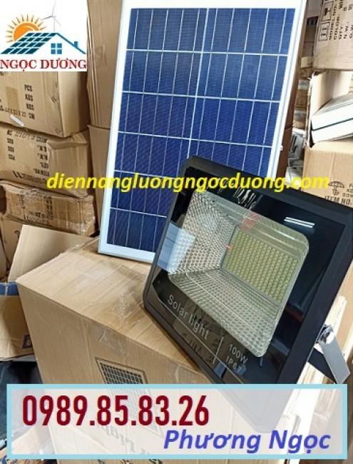Đèn năng lượng mặt trời 100W, đèn mặt trời 100W led pha