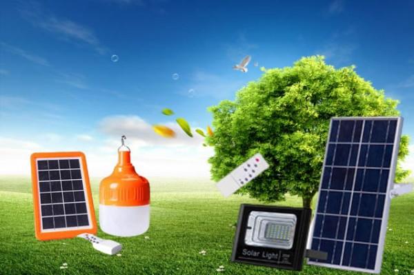 Đèn năng lượng mặt trời với chương trình khuyến mãi cực ưu đãi