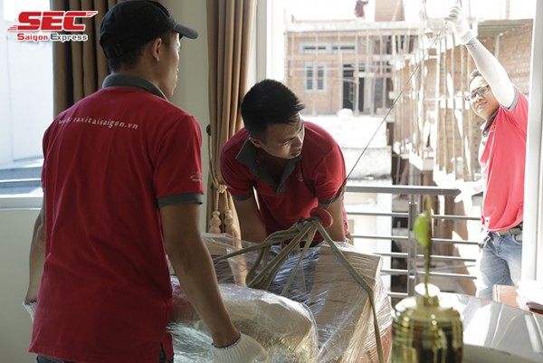 Dịch vụ chuyển nhà trọn gói quận 8 giá rẻ Saigon Express