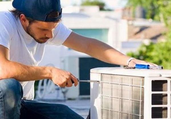 Dịch vụ sữa máy lạnh tại nhà nhanh nhất - Cao Vĩ - 0932 932 329