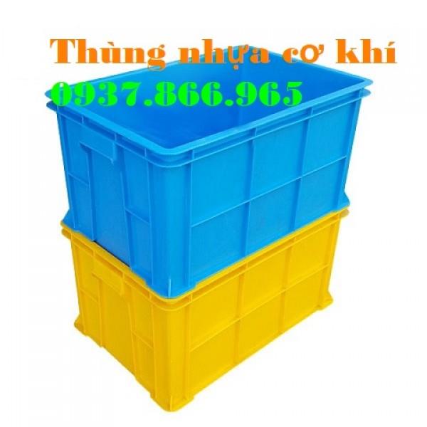 Đơn vị sản xuất thùng nhựa dùng trong ngành công nghiệp nhẹ, thùng nhựa b5