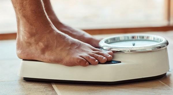 Động tác thể dục đơn giản giúp bạn duy trì cân nặng chuẩn