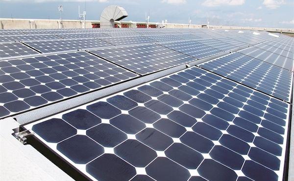 Dùng năng lượng mặt trời để tưới cây ở Ấn Độ