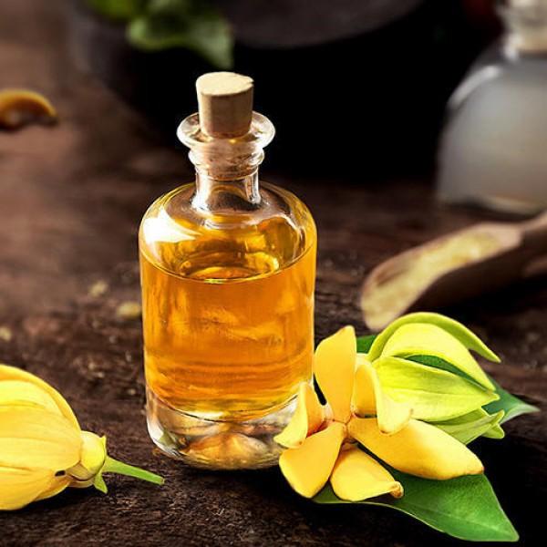 Dùng tinh dầu cải thiện sức khỏe tuyến giáp