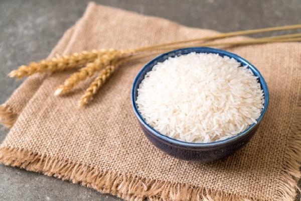 Gạo ST25 giá rẻ, kém chất lượng bày bán tràn lan khó kiểm soát
